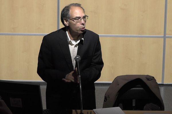 Le Professeur Maâti Monjib en juin 2019, lors d'un séminaire organisé à l'Université de Tours