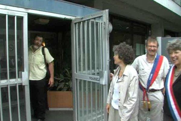 Le 28 août 2012, le parent d'élève était convoqué au commissariat