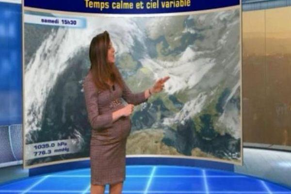 Daniela Prepeliuc présente le journal météo le 8 janvier, avant de partir en congé maternité