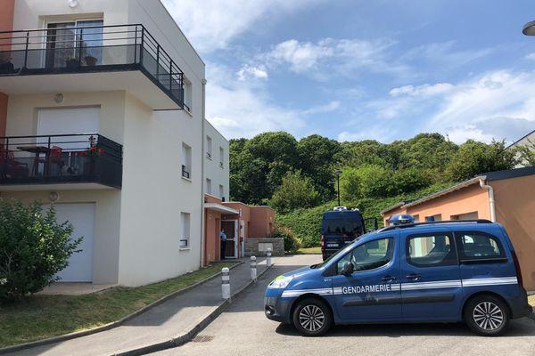 C'est dans un petit collectif de la rue Hélène Boucher au Relecq-Kerhuon (Finistère) que le drame s'est déroulé