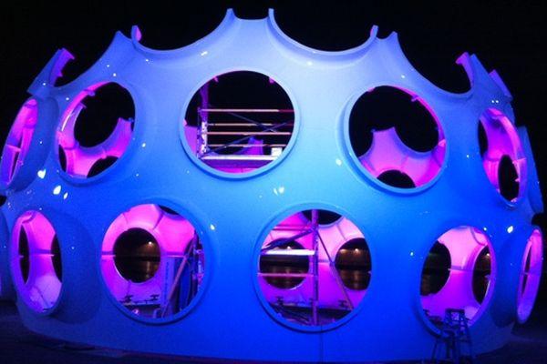 The Fly's Eye Dome, oeuvre de l'architecte futuriste Richard Buckminster Fuller