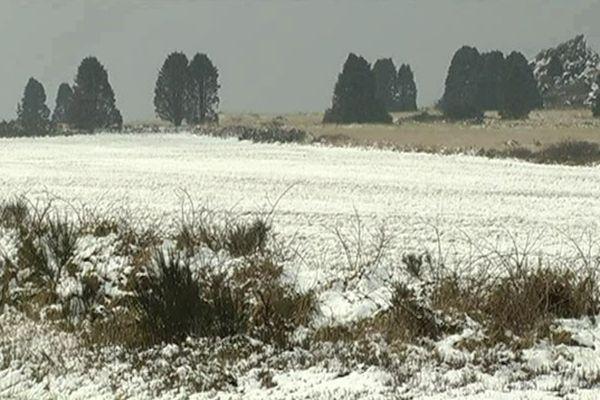 Cinq centimètres de neige à Botmeur (29) ce 4 avril