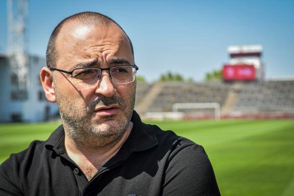 Coup de tonnerre au Nîmes olympique: le président et propriétaire Rani Assaf aurait annoncé son départ.