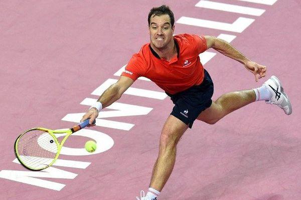 Richard Gasquet lors de sa demi-finale contre l'allemand Dustin Brown pour le tournoi ATP à Montpellier
