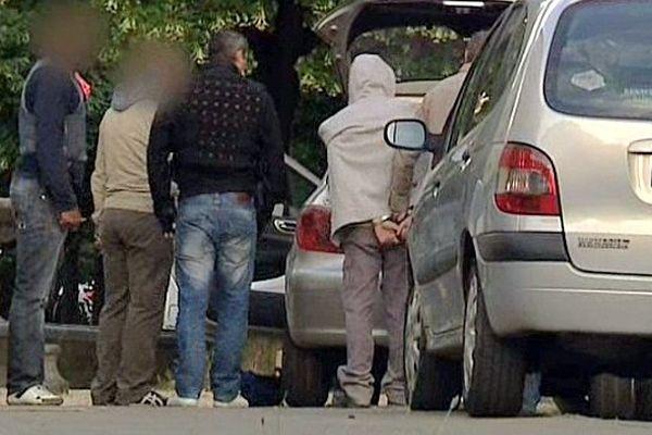 Montpellier - arrestation Cité Gély des auteurs présumés du meurtre de Salah sur le parking du Milk - 4 juin 2013.