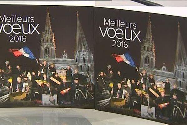 Le conseil municipal de Chartres se met en scène pour les voeux 2016.