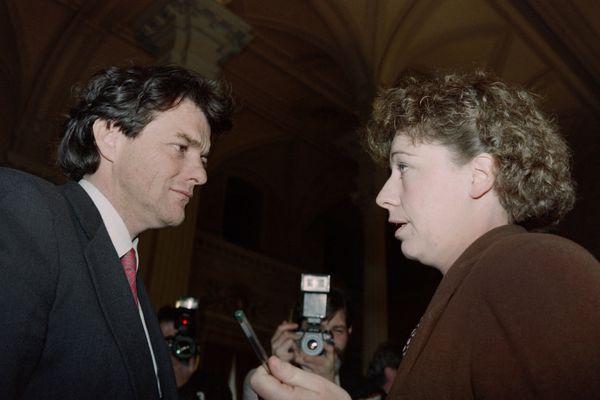 En 1992, contre toute attente, l'écologiste Marie-Christine Blandin est élue présidente du conseil régional du Nord-Pas-de-Calais