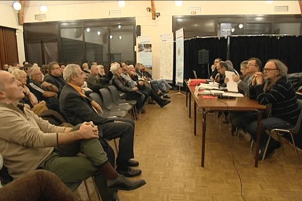 Le projet d'une mise partielle à 2X2 voies de la RN 147 présenté en réunion publique à Couzeix.