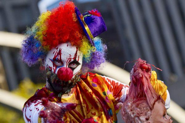 Clown terrifiant lors de la zombie walk de Toronto.