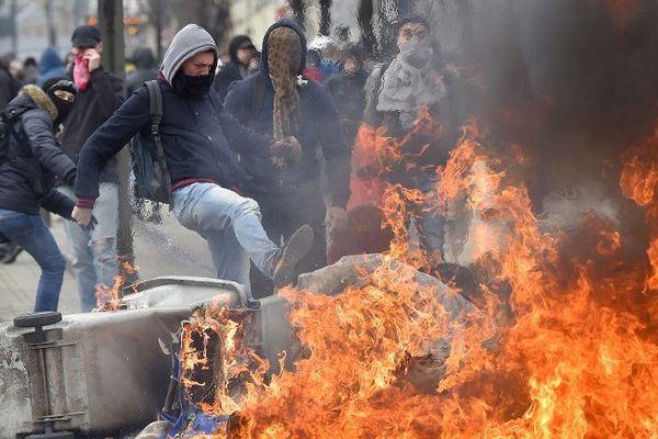Manifestation contre la Loi Travail à Nantes, mars 2016