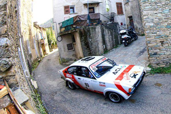 Les voitures de légende vont traverser la Corse, durant cinq jours.