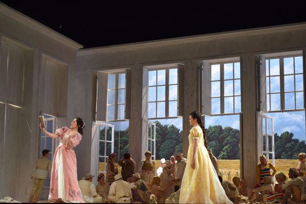 Cet opéra en 3 actes, et 7 tableaux dépeint l'histoire d'un jeune homme qui s'engage dans un duel fatal contre son meilleur ami, mais aussi le rejet d'une femme qu'il a lui-même rejeté des années auparavant