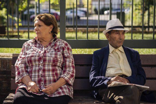 """Aïcha et Mabrouk, les grands-parents de la réalisatrice Lina Soualem, sont les héros du documentaire """"Leur Algérie""""."""