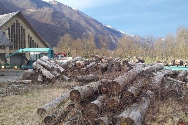 Le lycée du bois de Luchon, un établissement scolaire au pied des montagnes...
