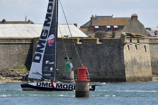 La traversée de la rade de Lorient offre non seulement une vue splendide sur la citadelle de Port-Louis mais permet aussi d'admirer le va et vient des bateaux.