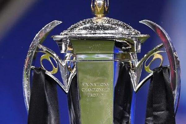 Le trophée du tournoi des Six Nations, qui sera décerné le 16 mars.