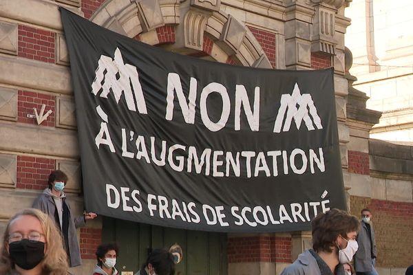 La manifestation des étudiants des Arts et Métiers à Lille, le lundi 29 mars 2021.