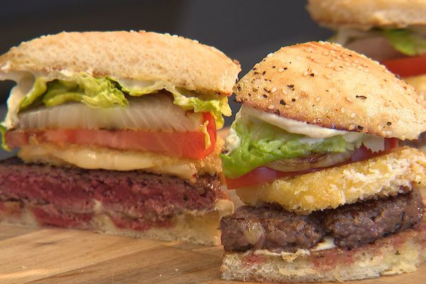 Tout comme les pizzas et les sushis, les burgers sont l'un des symboles de la mondialisation culinaire.