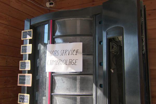 Un distributeur de produits fermiers hors service après avoir été vandalisé dans l'Oise
