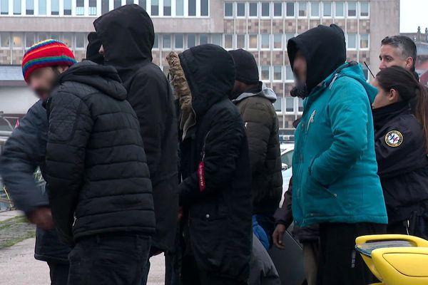 13 migrants ont été rapatriés au port de Dunkerque dans la matinée du 22 janvier.