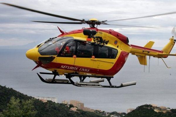 Illustration/Un hélicoptère de la Sécurité Civile en opération