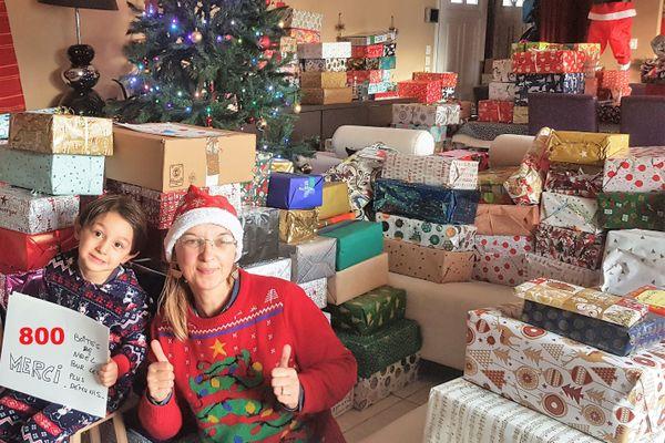 800 boites de Noël ont été collectées par Véronique dans toute la Charente-Maritime
