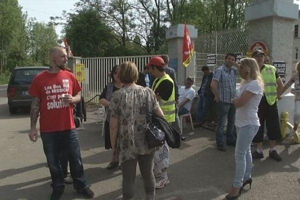 Le piquet de grève devant la fonderie Castmétal à Colombier-Fontaine (Doubs)
