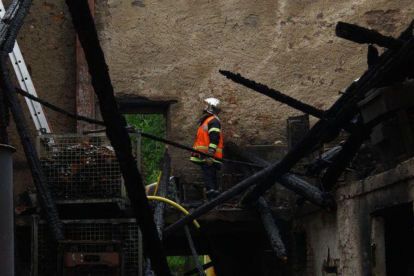 Un incendie s'est déclaré dans les caves du viticulteur Claude Sontag à Contz-les-Bains. Plus de trente pompiers ont été mobilisés.