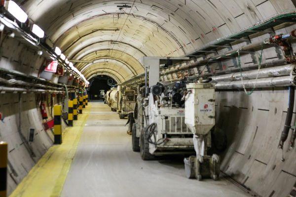 En tout, 265 km de galeries souterraines seront construites dans la Meuse, soit l'équivalent du métro parisien