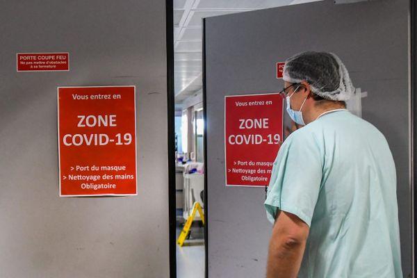 Illustration - 3e vague de l'épidémie de Covid-19, les services hospitaliers toujours sous tension .