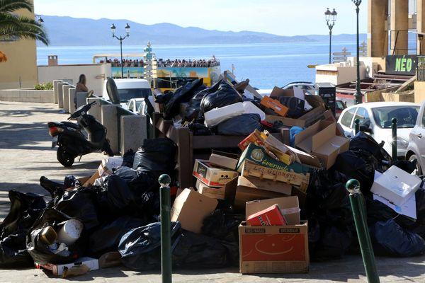 Illustration. Une version corrigée du plan territorial de prévention et de gestion des déchets a été adoptée fin février par l'Assemblée de Corse.