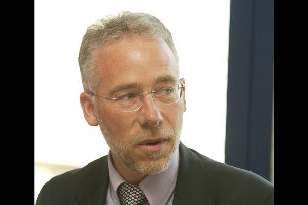 Gilles Quinquenel est l'actuel maire de Thèreval dans la Manche. Il a présidé Saint-Lô Agglo entre 2014 et 2020.