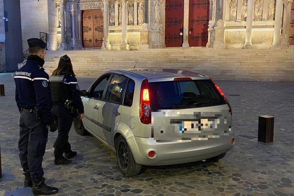 Contrôle du couvre-feu dans le Gard le 30 décembre 2020.