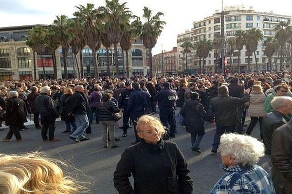 Perpignan - 10h30 Place de Catalogne - 11 janvier 2015.