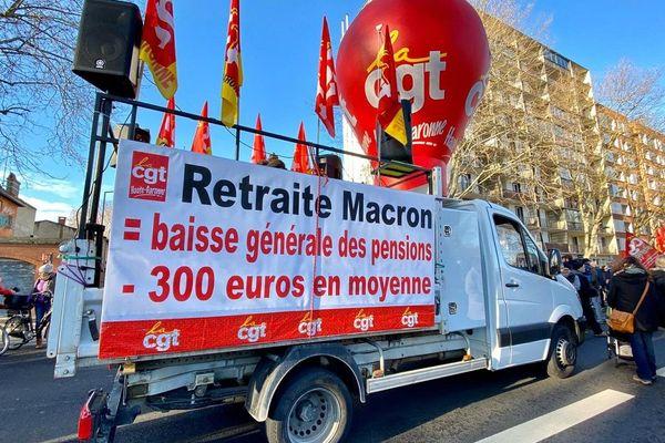 15 à 20 000 personnes ont défilé dans les rues de Toulouse, samedi matin.
