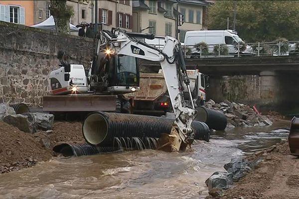 Jusqu'à présent canalisée, la rivière Corrèze va progressivement retrouver un cours naturel.