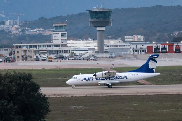 Essai d'un avion d'Air Corsica sur la piste de l'aéroport d'Ajaccio, le 27 décembre 2019