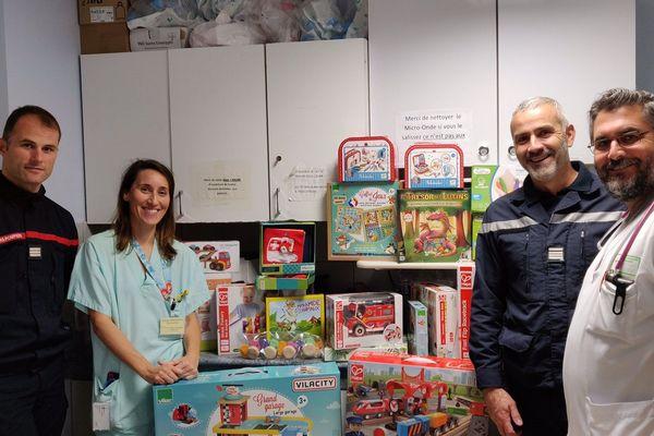 Les urgences pédiatriques de Hautepierre à Strasbourg ont reçu 30 jeux de société.