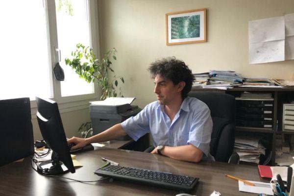le Dr Frédérick Stambach, médecin généraliste à Ambazac en Haute-Vienne, à l'origine de la pétition pour rendre le pouvoir sanitaire aux soignants et aux patients.