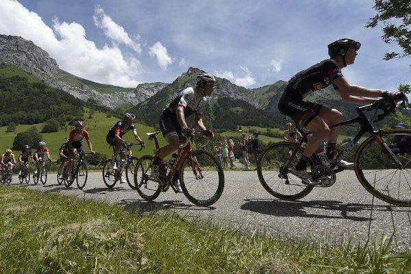 L'édition 2015 du Criterium du Dauphiné, ici du côté de Saint-Gervais.