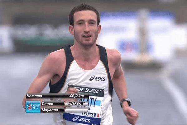 Banjamin Malaty voudrait finir ce marathon de Paris en moins de 2 heures 11 minutes et surtout obtenir sa qualification pour les JO de Rio.