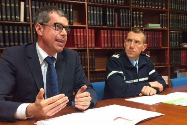 Eric Mathais, procureur de la République de Brest et le Colonel Richard Pégourié, commandant du groupement de gendarmerie du Finistère