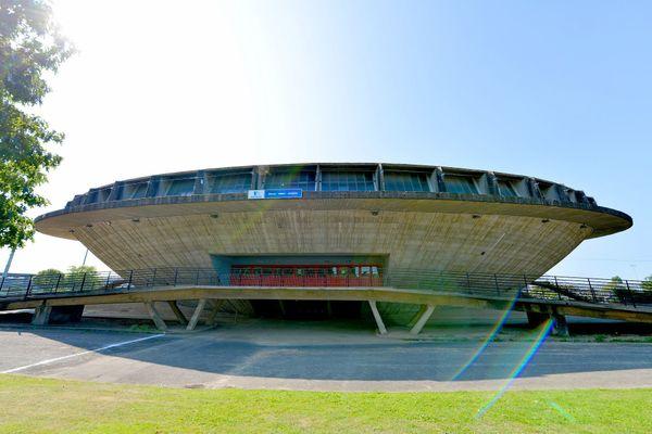 La Soucoupe pourrait accueillir des équipes de volley-ball.