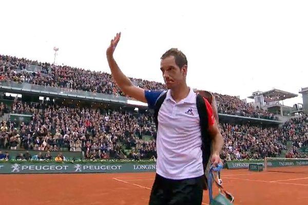 Dernier représentant français en simples à Roland-Garros, Richard Gasquet s'est incliné en quatre sets (5-7, 7-6[3], 6-0, 6-2 en 3h26) contre Andy Murray en quarts de finale le 1er juin 2016.