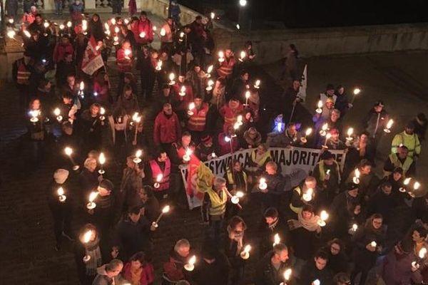 Près de 300 personnes ont participé jeudi soir à la retraite aux flambeaux à Auch