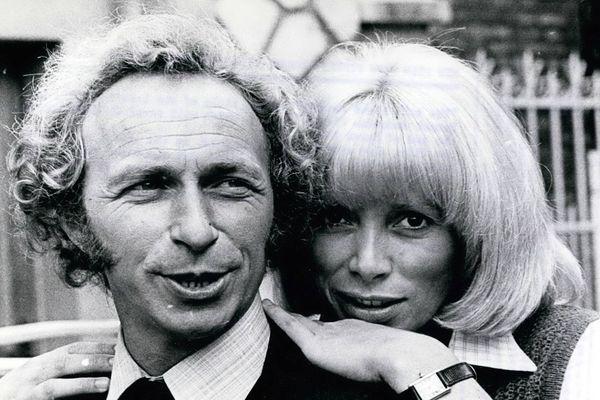 """Pierre Richard et Mireille Darc en 1975, dans le film """"Le retour du grand blond"""""""