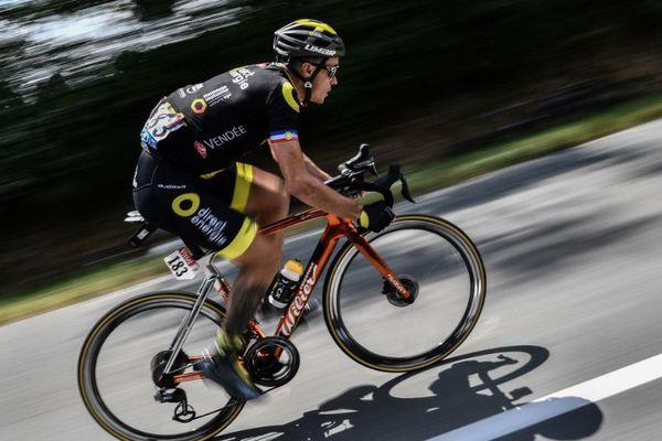 Sylvain Chavanel, seul en tête de la deuxième étape du Tour de France 2018, en Vendée.