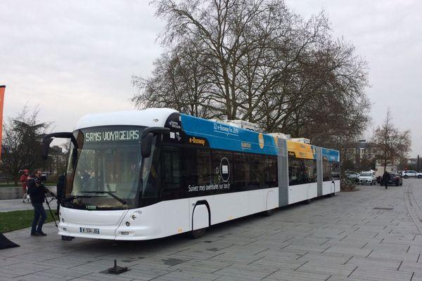 Le 1er e-Busway dévoilé aux Nantais, le 12 décembre 2018