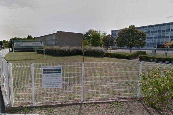 le Lycée Lesage de Vannes où ont été découverts ce mardi plusieurs flacons d'acide picrique. Ils ont été neutralisés.