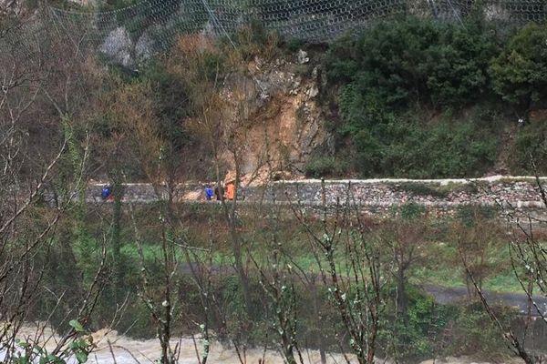 Les autorités ont bloqué la route 116 au niveau de Villefranche-de-Conflent par crainte de nouvelles chutes - 24 janvier 2020.
